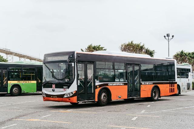 """澳门巴士二十年,领略其交通巨变中的""""英雄本色"""""""